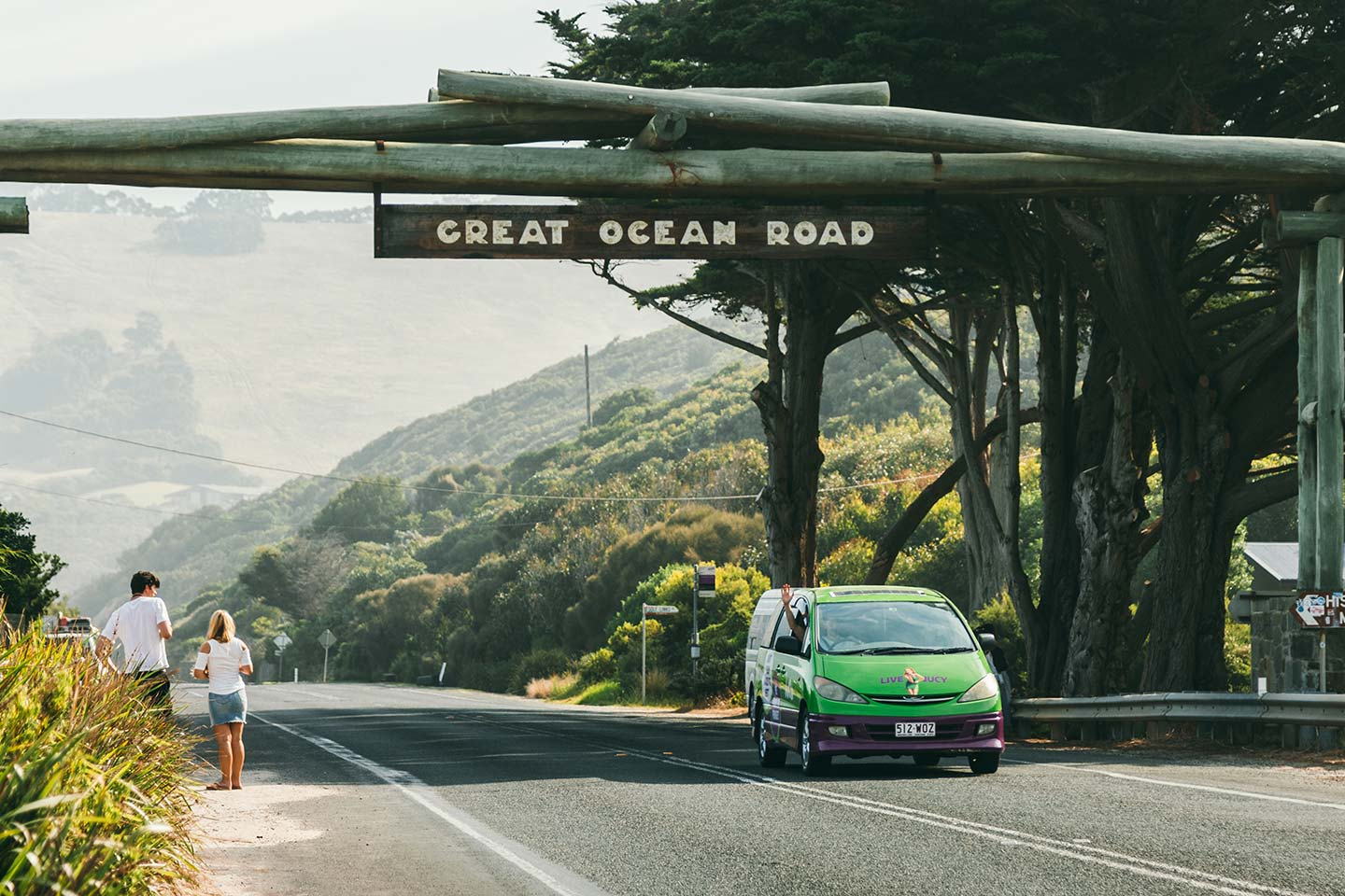 great ocean road crib driving under sign